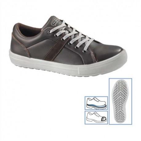 PARADE Paire de Chaussures Vargas dessus cuir marron hydrofuge Pointure 40