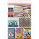 Kit 8 cartes de sable, 32 sachets de sable, 8 sacs papier, 594 gommettes alphabet, notice